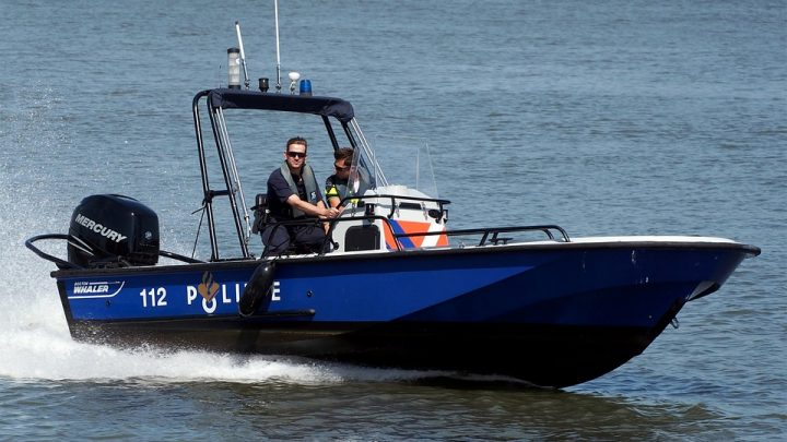 Police speed boat
