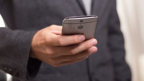 Police use mobile apps