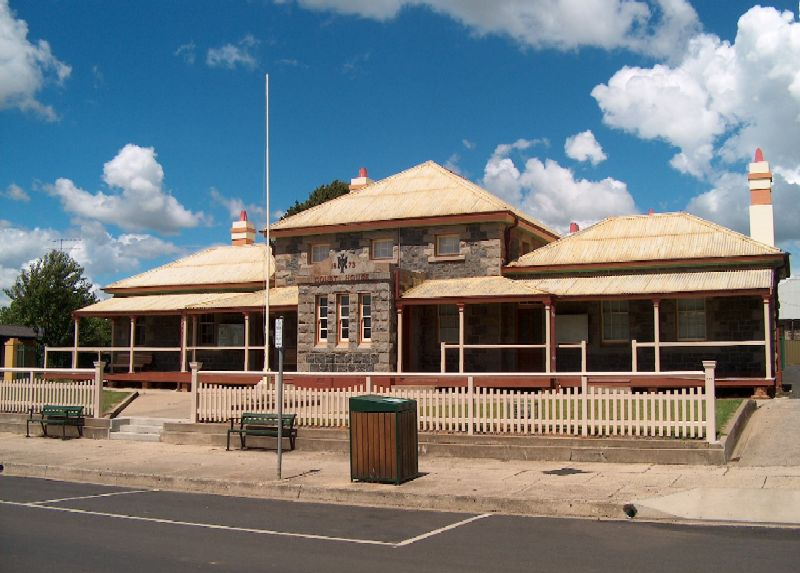 Glen Innes Local Court