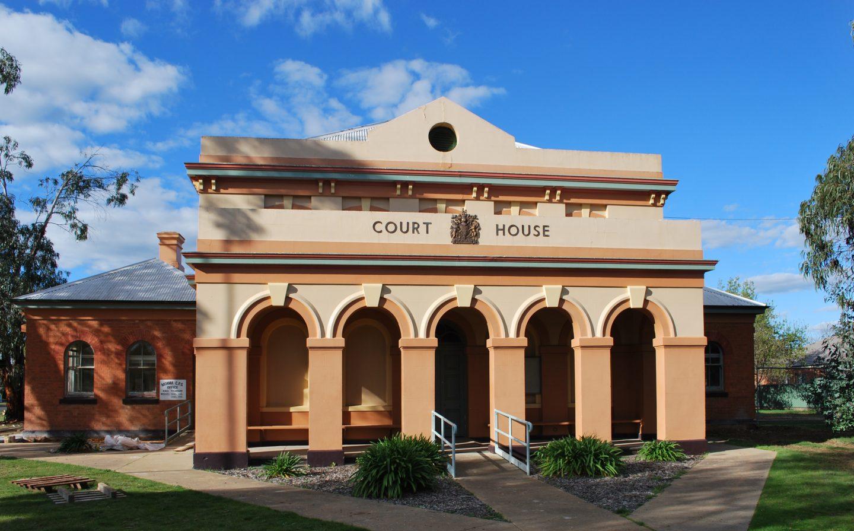 Moama Local Court