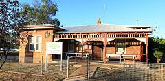 Peak Hill Local Court