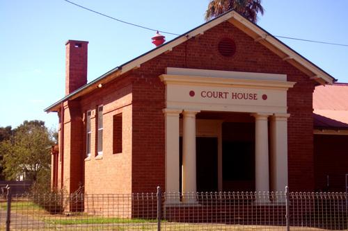 Warren Local Court