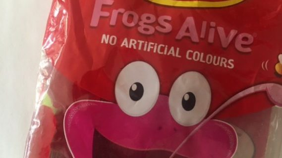 Red frogs alive lollies