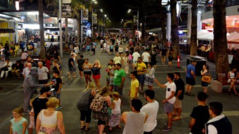 Queensland's surfers night life