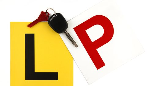 L and red P plates