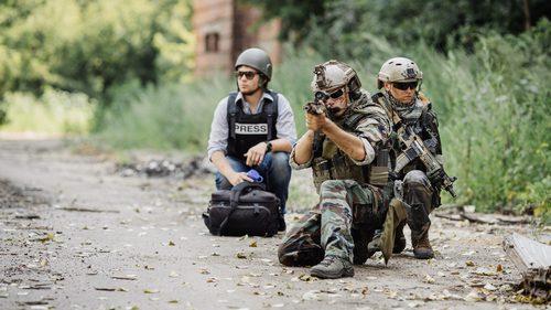 Journalist in the war zone
