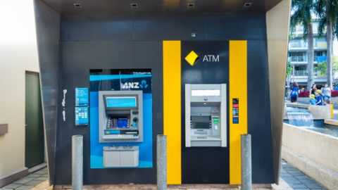 anz-commonwealth-bank-atm