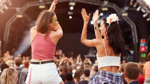 Music festival girls